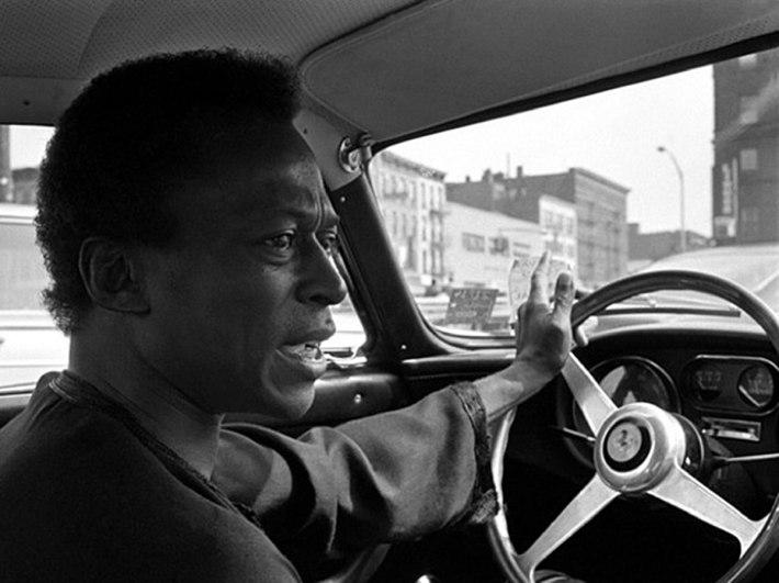 Miles-Davis-Red-1967-Ferrari-275-GTB4-Driving